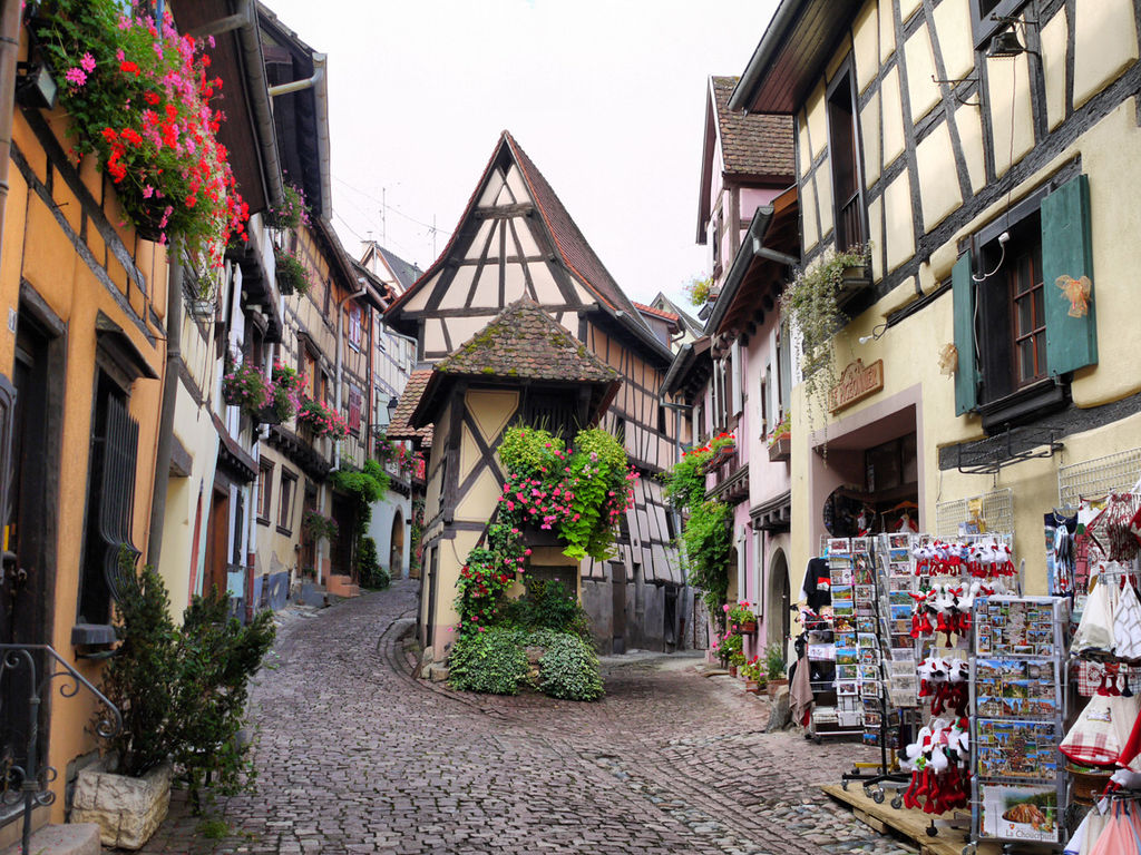 File eguisheim alsace france jpg wikimedia commons Colmar beauty and the beast