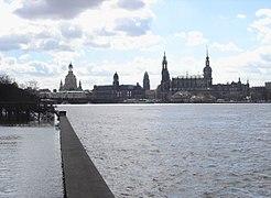 Elbe 030406 2.jpg