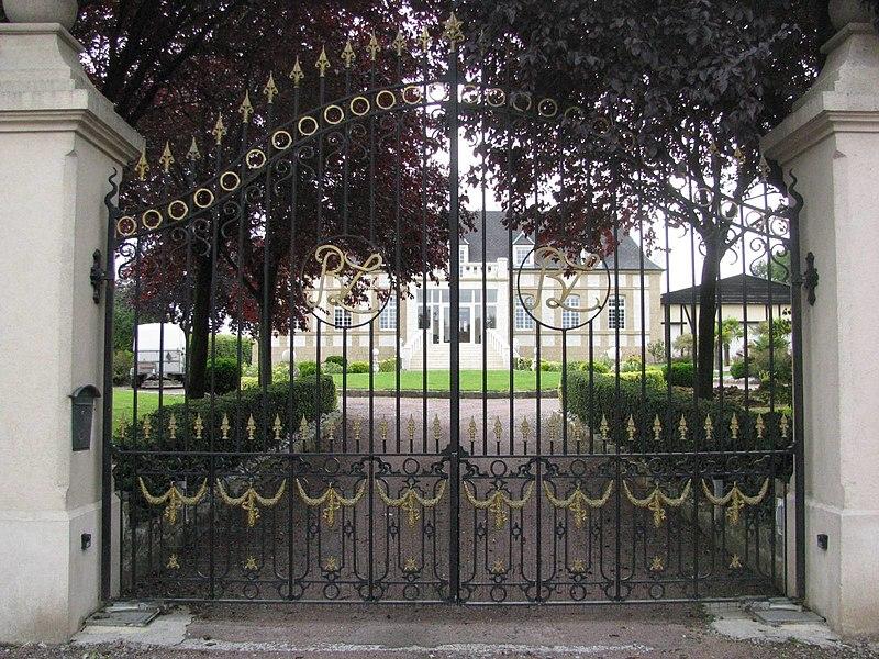 Elincourt - Grilles du Château