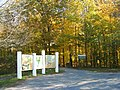 Entrance to Beamer Trails to the Senic Lookout - panoramio.jpg