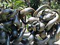 Escultura en Jardines de Picasso.jpg