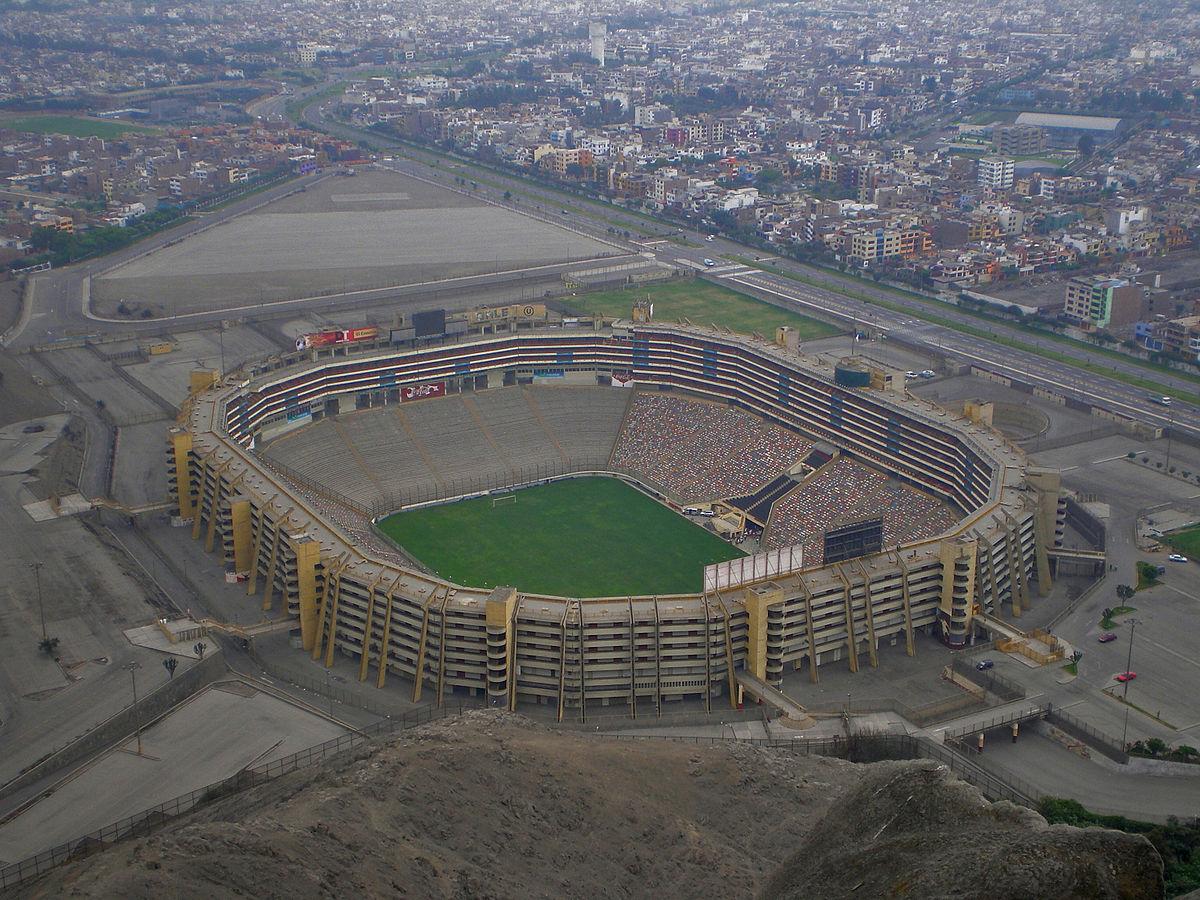 Estadio monumental per wikipedia la enciclopedia libre for Puerta 9 del estadio nacional de lima