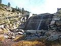 Estany de Baix de Bacivèr barrage.jpg