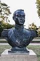 Estatua de San Martin en Parque Chacabuco.jpg