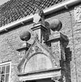 Exterieur RECHTER BOUWHUIS, POORT, FRONTON - Heemstede - 20295231 - RCE.jpg