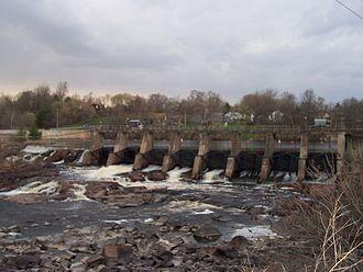 Black River (Wisconsin) - Black River dam in Black River Falls