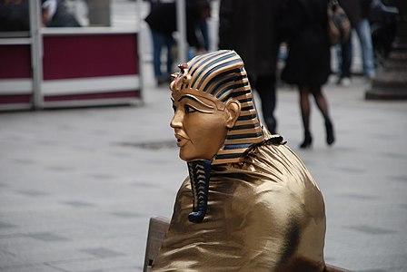 Faraón en CAhamps Elysées (París)