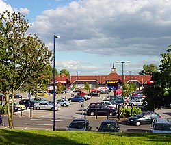 Farnborough Gate Retail Park - geograph.org.uk - 510906.jpg