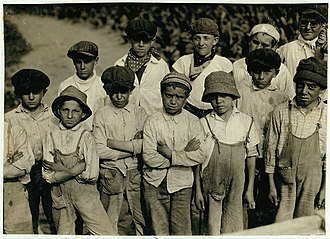 Connecticut shade tobacco - Field workers, some children, at the Goodrich Tobacco Farm near Gildersleeve, Connecticut, 1917