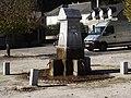 Fontaine de la place de la maire (Peyrouse, Hautes-Pyrénées, France).JPG