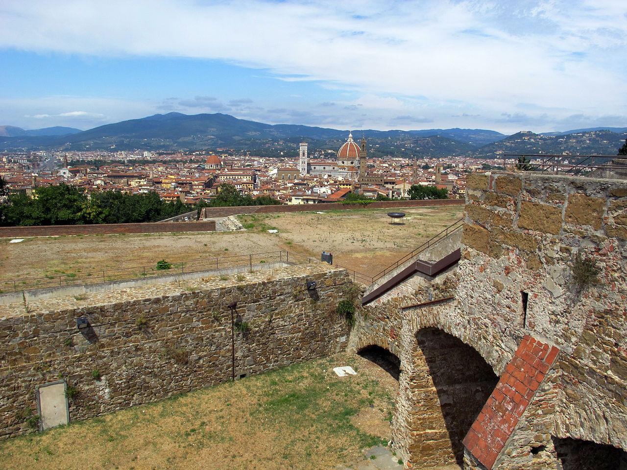 Firenze, Forte belvedere, terazze sui bastioni, visto sul Duomo