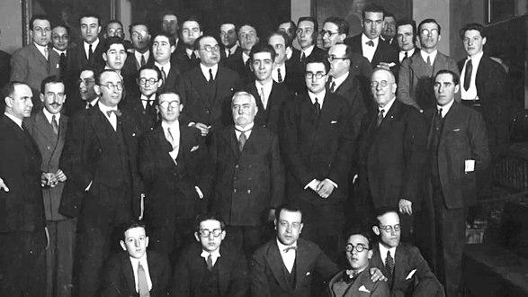 Foto da entrada dos poetas no Seminario de Estudos Galegos en 1926 en Santiago