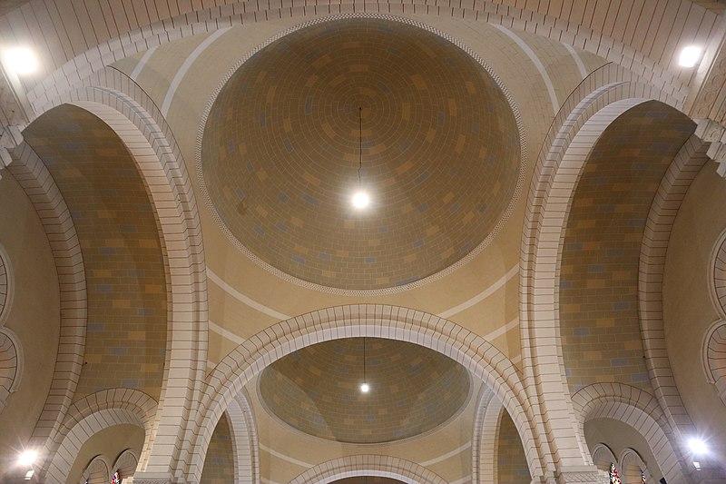 Fougères (35) Église Notre-Dame-de-Bonabry - Intérieur - 13.jpg