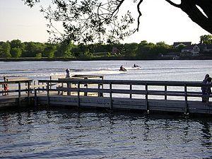 Edgewater Park, New Jersey - Fountain Lake
