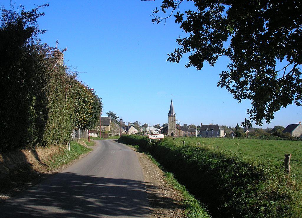 L'entrée ouest du bourg.