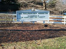 Picture of a sign saying Frelinghuysen Arboretum