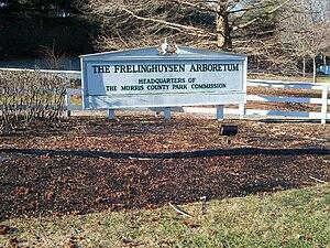 Image of Frelinghuysen Arboretum: http://dbpedia.org/resource/Frelinghuysen_Arboretum