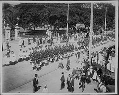 Funeral of Queen Kapiolani (PP-25-10-017).jpg