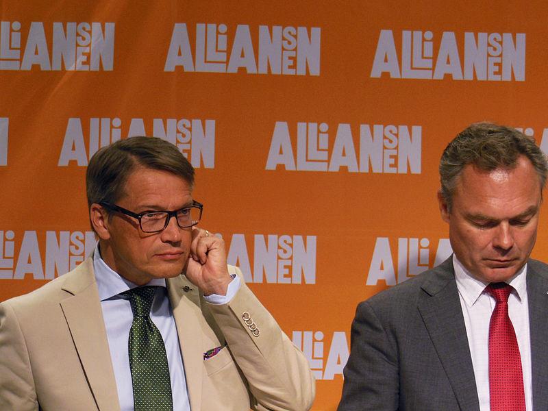 File:Göran Hägglund och Jan Björklund, 2013-09-09 03.jpg