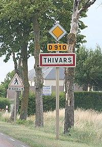 Panneau Thivars à l'entrée du village en provenance autoroute A11