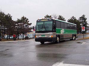 GO Transit bus services - Image: GO Transit MCI 102A3 1512a