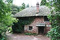 Gamekeepers Cottage, Manscombe Woods - geograph.org.uk - 1015775.jpg