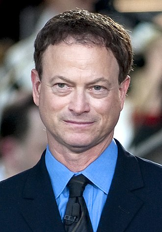 Gary Sinise - Sinise in May 2011