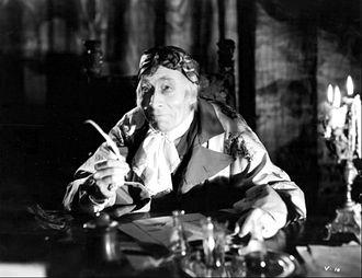 Voltaire (film) - George Arliss in Voltaire (1933)