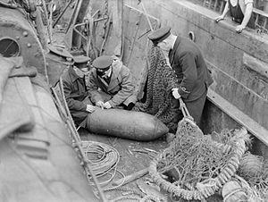 German bomb on trawler.jpg