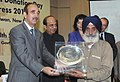 Ghulam Nabi Azad felicitated the Organ Donors, at the inauguration of the 6th World and 1st ever Indian 'Organ Donation Day' and Organ Donation Congress 2010, in New Delhi on November 27, 2010 (1).jpg