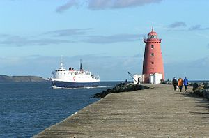 Great South Wall - Isle of Man passenger ship, Lady of Mann, passes behind Poolbeg Lighthouse, 2004