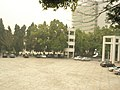 Guangdong Indecide College——广东内定学院:很小的广场 - panoramio.jpg