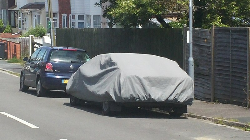 File:Guess the car under the cover (27855155682).jpg