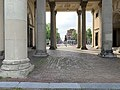 Haarlemmerpoort en straat tijdens COVID19 foto.jpg