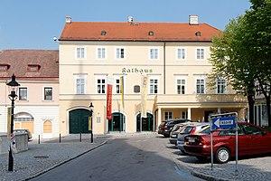 Hainburg_Rathaus.jpg