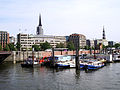 Hamburg Binnenhafen-Kajen 01.JPG