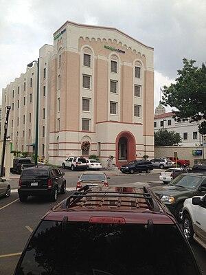 Holiday Inn Express Riverwalk Area - Image: Holiday Inn Express in San Antonio