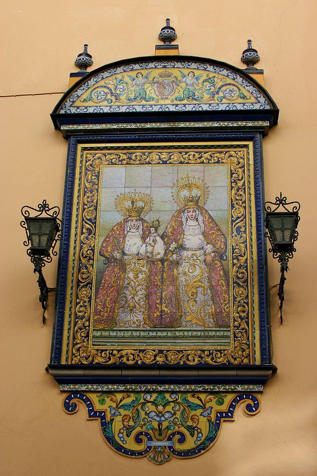 Madres Santas - Iglesia de Santa Ana - Seville.JPG