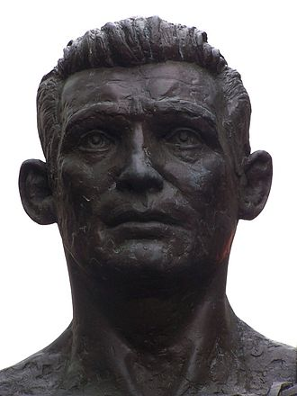 Howard Winstone - Bronze statue of Howard Winstone
