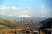 Hrazdan seen from Tsaghkadzor.jpg