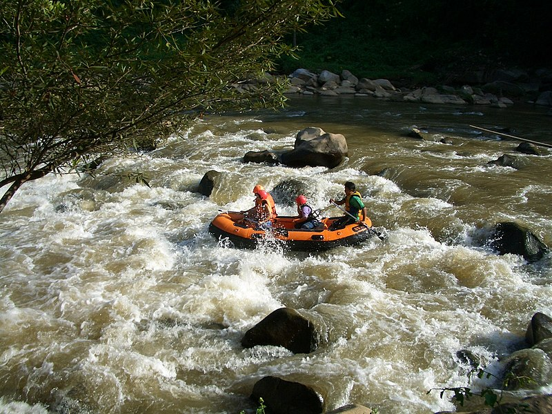 File:Hutchens-rafting.jpg
