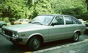 Hyundai Pony 4 door first generation.jpg