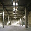 Interieur, overzicht van een ruimte in de fabriekshal - Maastricht - 20385990 - RCE.jpg