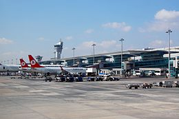 Istanbul Airport Turkish-Airlines 2013-11-18.JPG