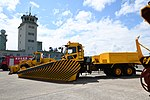 JASDF snow plow track(UD Quon, 47-8559) left front view at Komatsu Air Base September 17, 2018 01.jpg