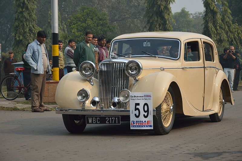 File:Jaguar - 1938 - 14 hp - 4 cyl - Kolkata 2013-01-13 3300.JPG