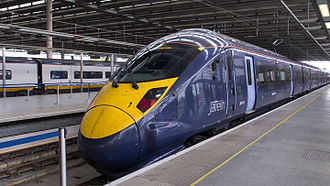 Southeastern (train operating company) - Image: Javelin train at St Pancras International by interbeat