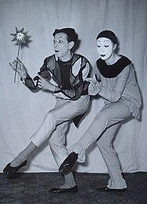 Jean + Brigitte Soubeyran Im Zirkus.JPG