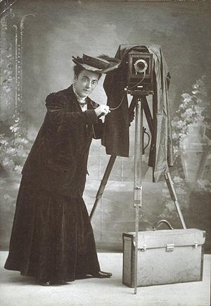 Jessie Tarbox Beals - Jessie Tarbox Beals with her camera around 1905.