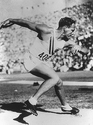 John Anderson (athlete) - John Anderson at the 1932 Olympics